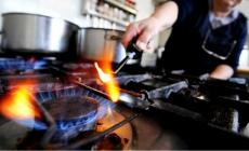 Un 50% menos: Aranguren anunció que financiaran el consumo de gas para pymes
