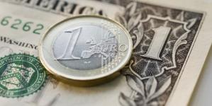 ¿Vuelve el uno a uno entre el dólar y el euro?