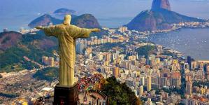 Vacaciones en Brasil: ¿Pago con dólares, tarjetas o reales?