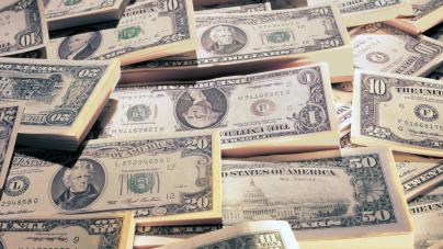 Repunte del dólar tras crisis en Brasil: ¿Seguirá en alza o Bajará?