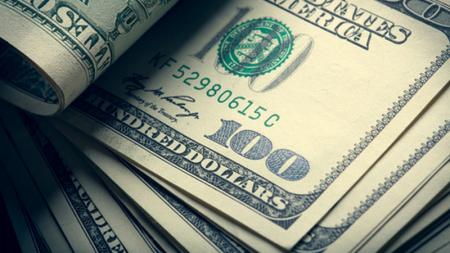 Record en compra de dólares previo a las elecciones