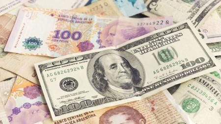 ¿Qué explica la subida del dólar con respecto al peso argentino?